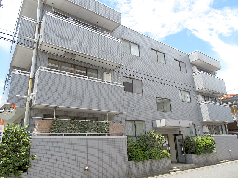 戸田市喜沢 3階建マンション A様